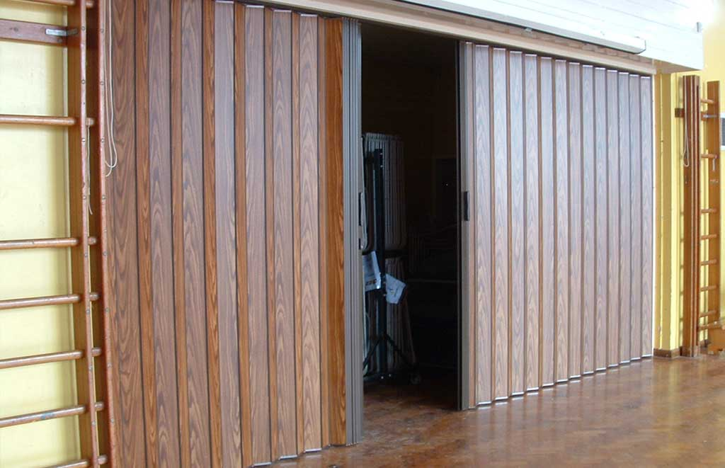 Solid Concertina Partitions